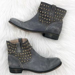 Janet & Janet suede studded ankle boots